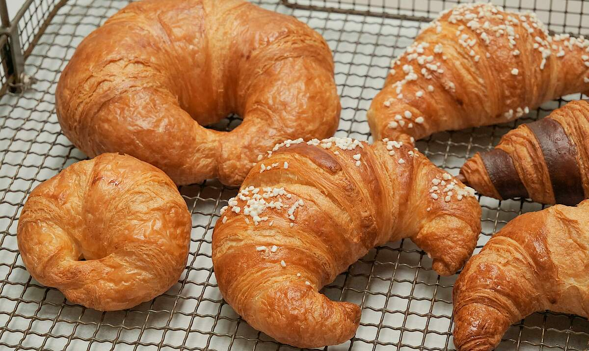 FRITSCH Closed croissants & cornetto
